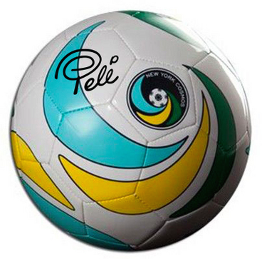 Pele-NewYorkCosmos-Ball-Steiner