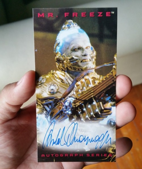 Arnold-schwarzenegger-batman-autograph