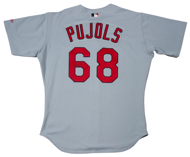 Albert-Pujols-jersey-auction-1